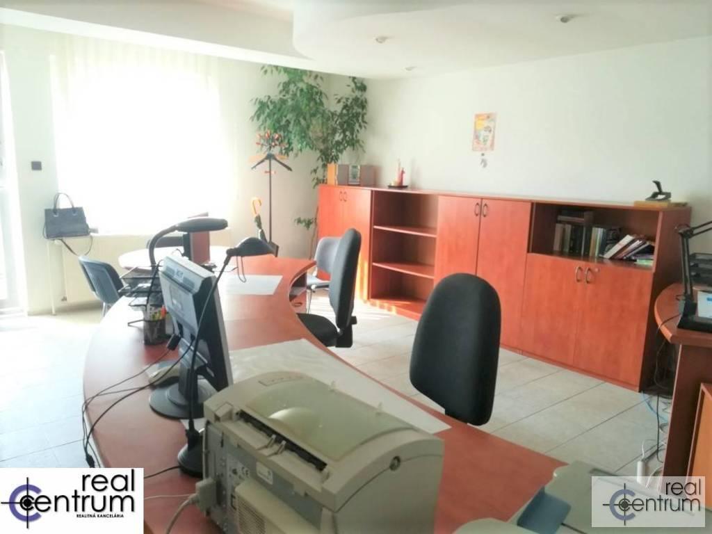 Kancelárie, administratívne priestory 49m2, čiastočná rekonštrukcia