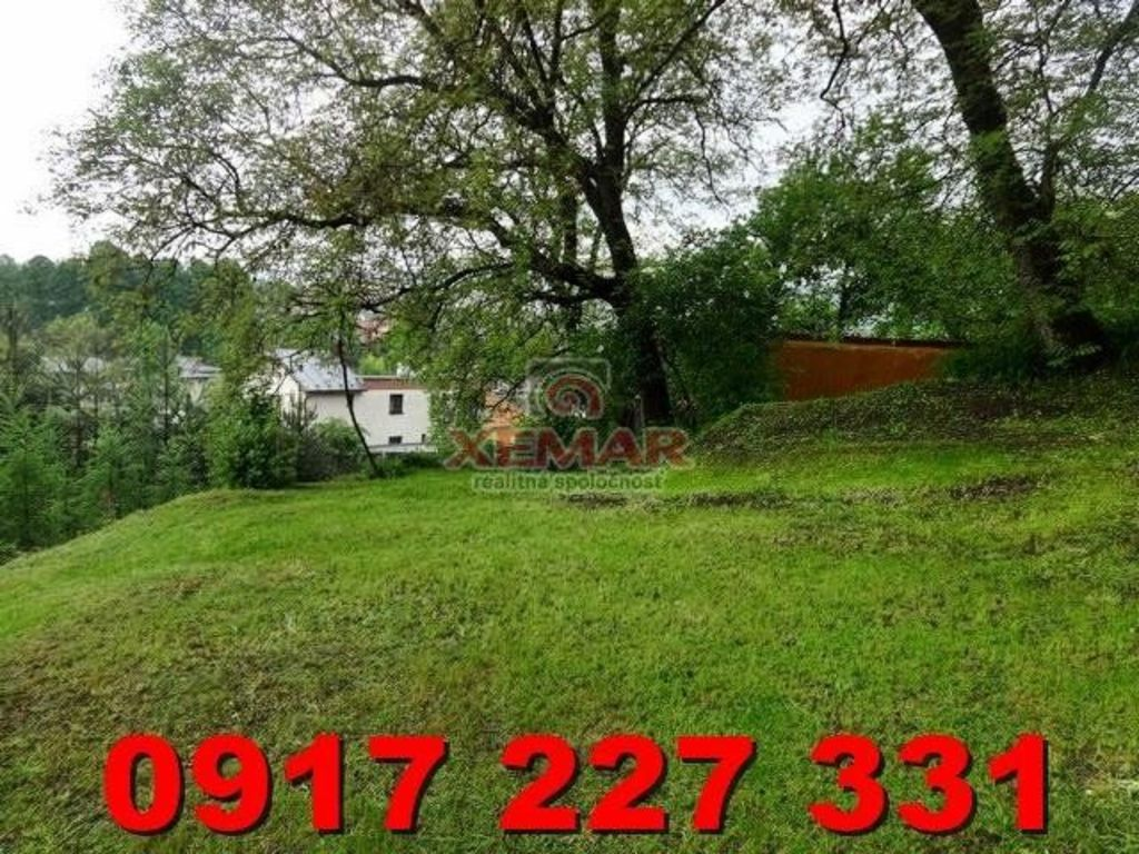 Pozemok pre rodinné domy 779m2