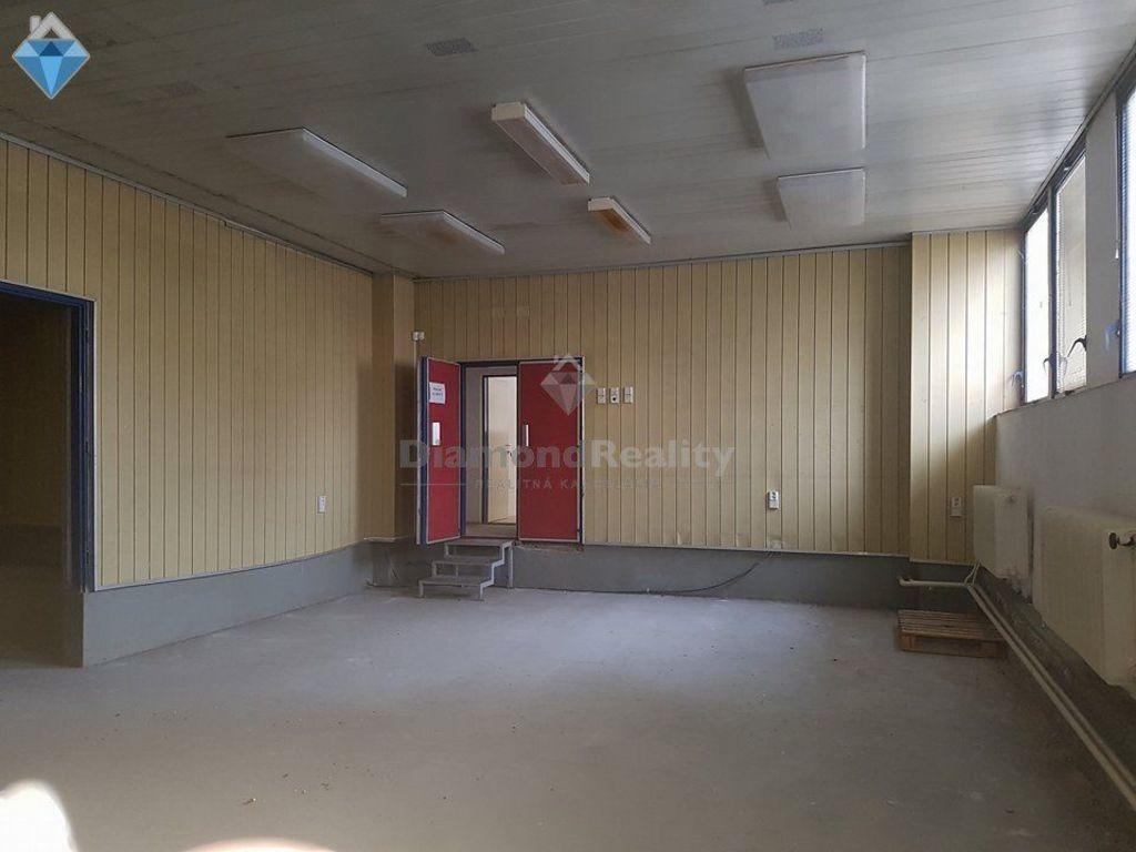 Administratívny objekt 1262m2, čiastočná rekonštrukcia