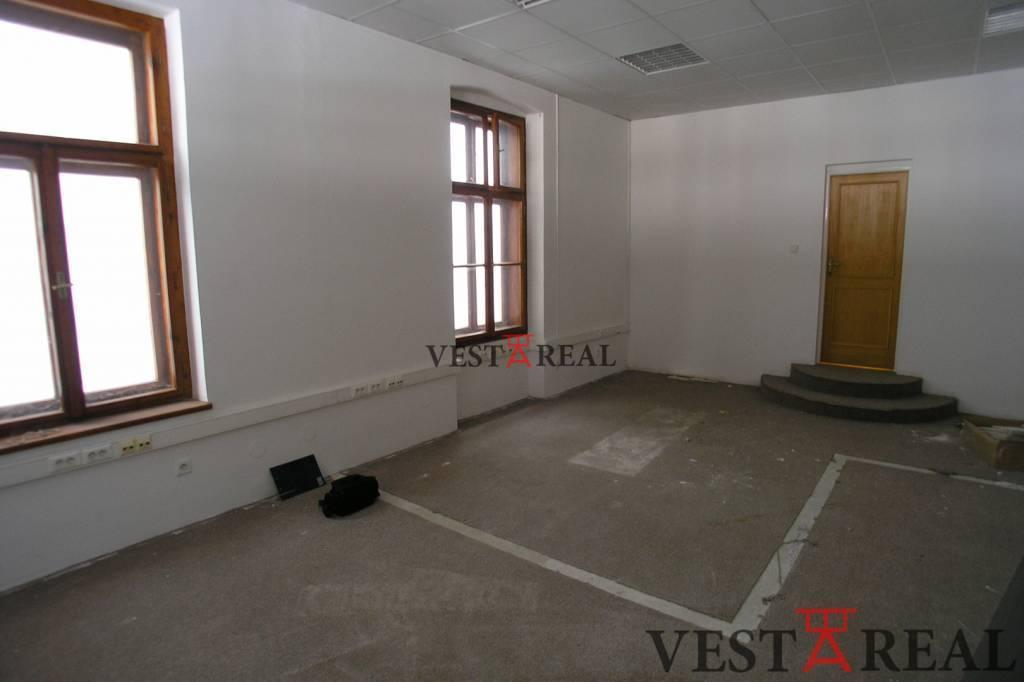 Kancelárie, administratívne priestory 85m2, pôvodný stav