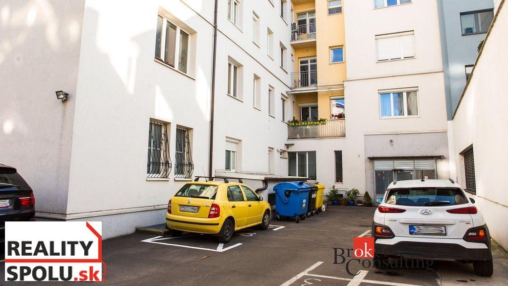 Iný byt 172m2, čiastočná rekonštrukcia