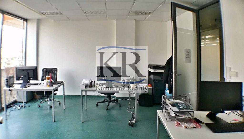 Kancelárie, administratívne priestory 36m2, novostavba