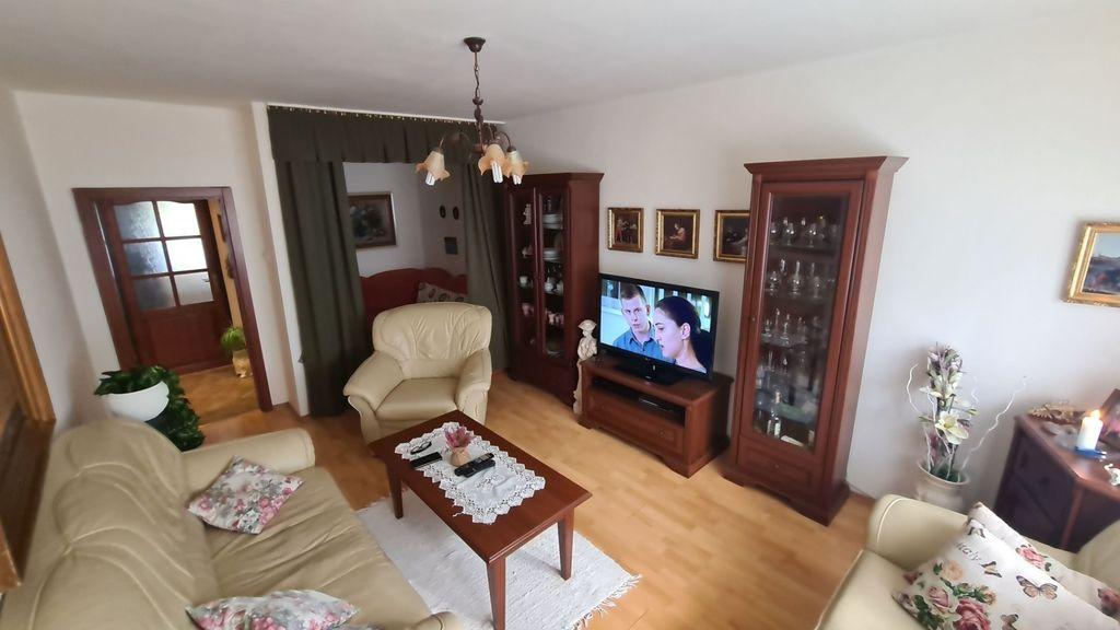 2-izb. byt 56m2, čiastočná rekonštrukcia