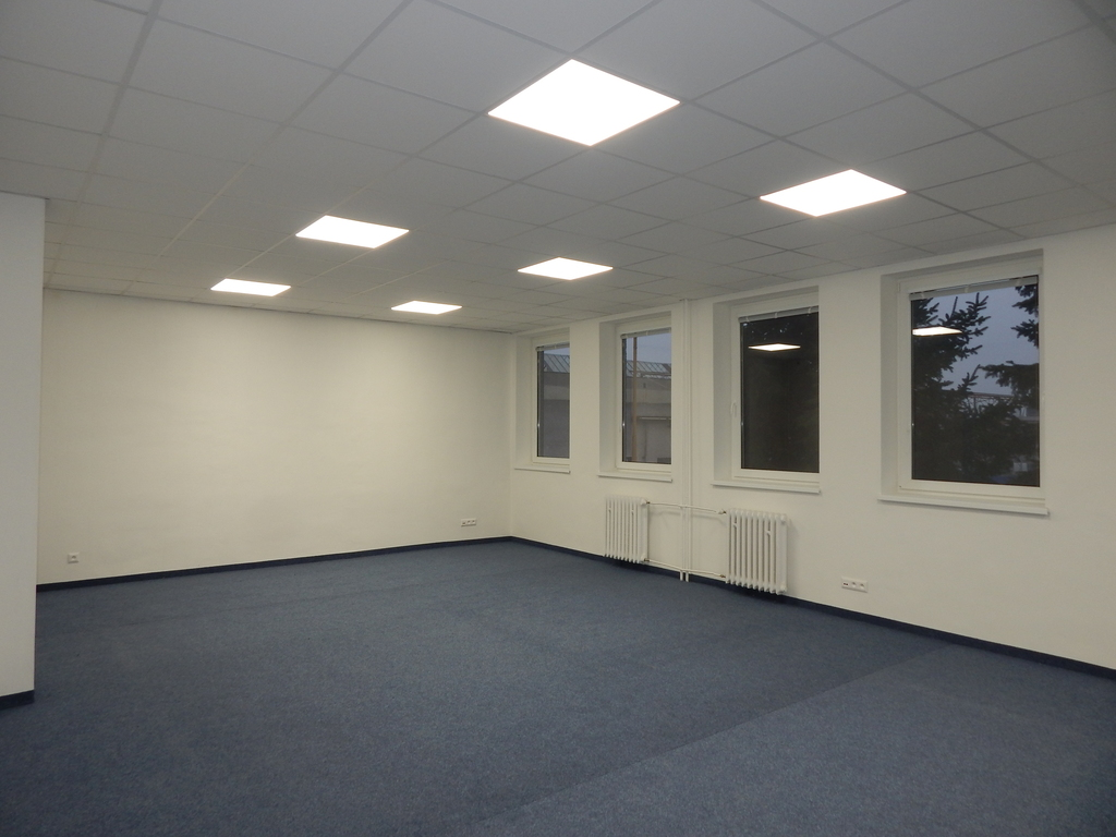 Kancelárie, administratívne priestory 37m2, kompletná rekonštrukcia