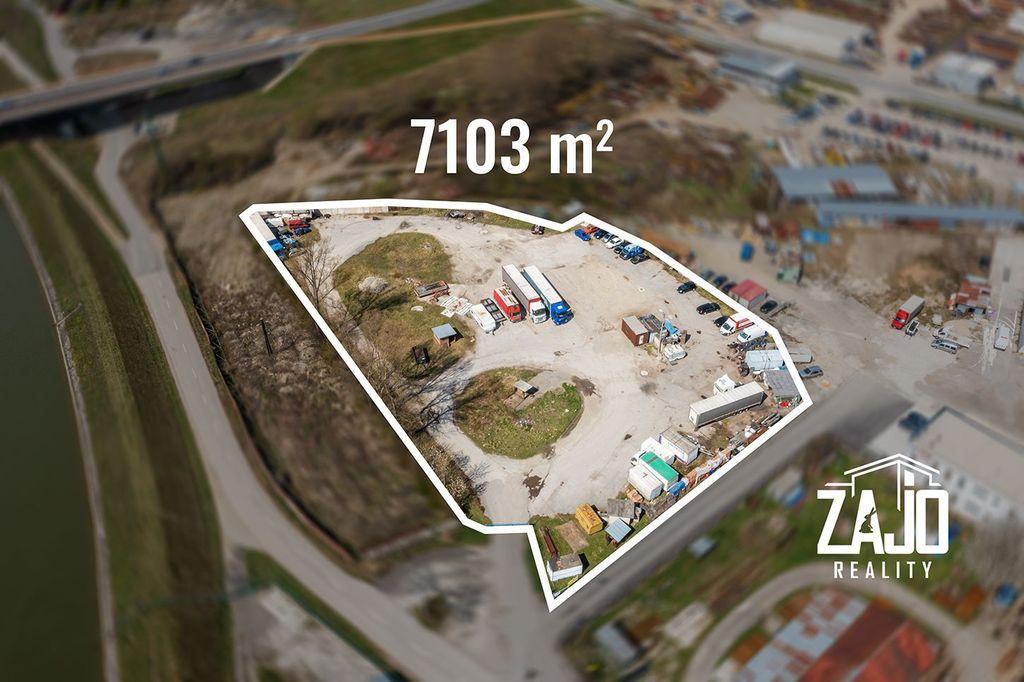 Komerčná zóna 7100m2